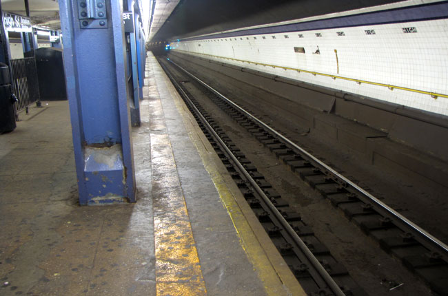 The train also rated below average for regularity of service, meaning riders can expect to wait longer for the train. (Nicholas Rizzi/CUNY)