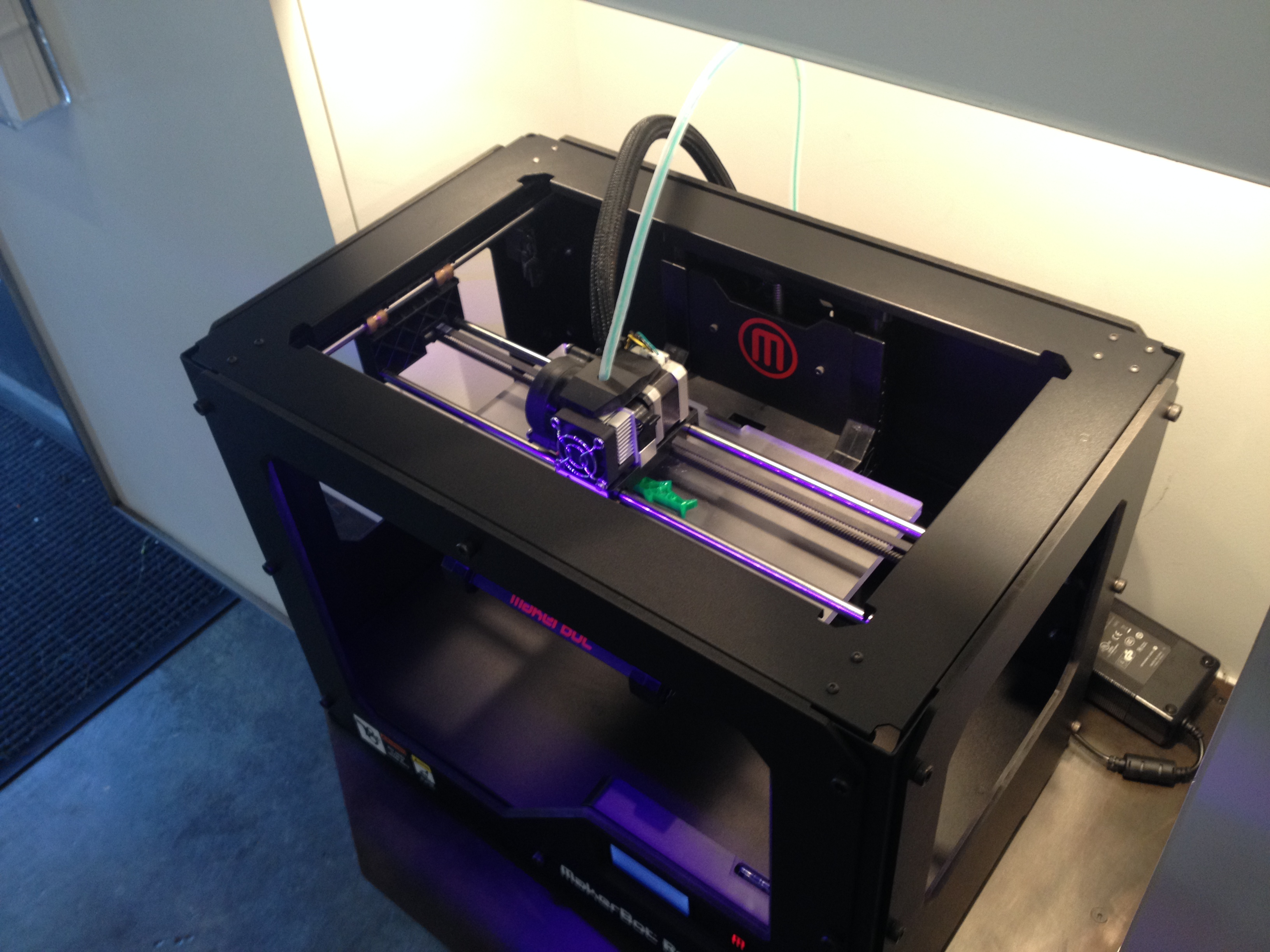 A Makerbot Replicator 2 prints a plastic shark at the Makerbot Store in Soho, New York City. (Photo by Emily Field)