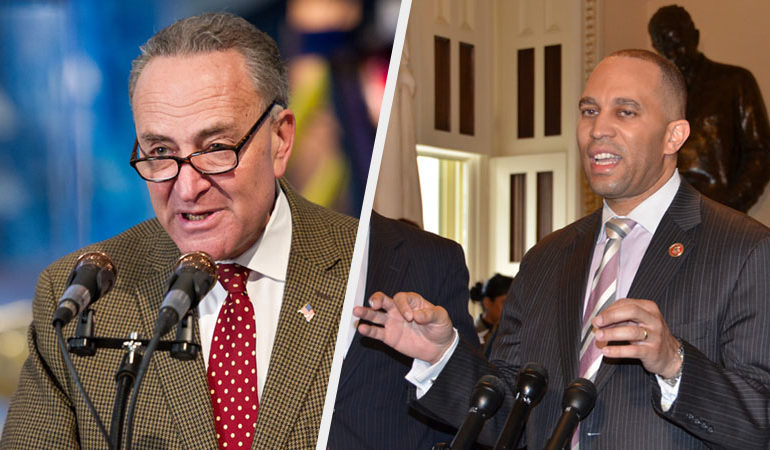 Sen. Chuck Schumer, left, and Rep. Hakeem Jeffries
