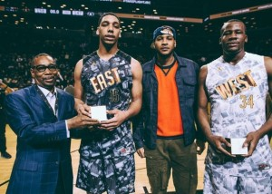Carmelo Anthony presents Jahlil Okafor and Cliff Alexander with Game MVP Awards