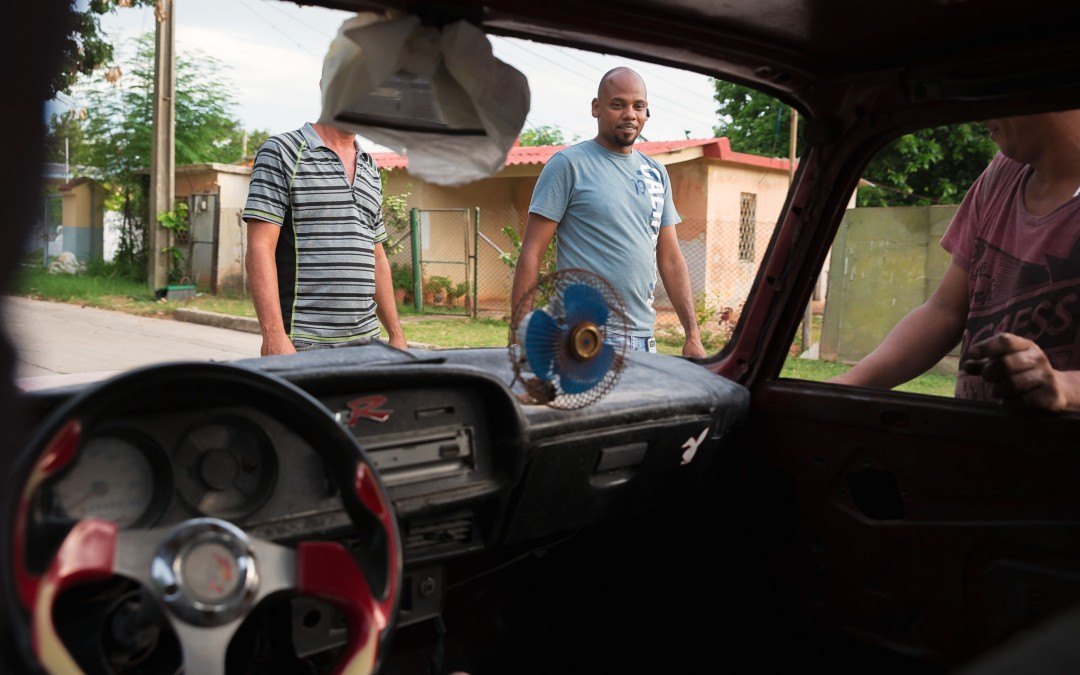 In Cuba, self-made mechanics keep the country's classic cars on the road, and help the economy