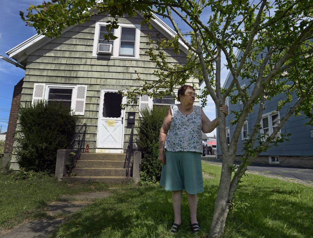 Foreclosures on the rise for seniors with reverse mortgages (NECIR Version)