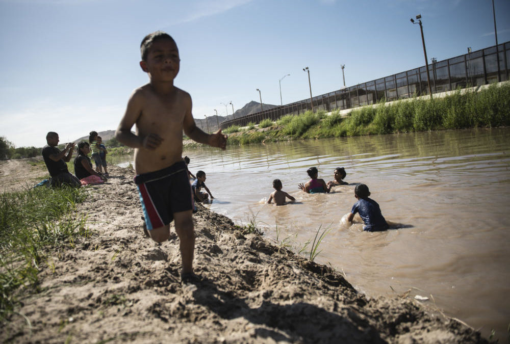 Two Nations, One Aquifer: Pipeline skips area's poorest