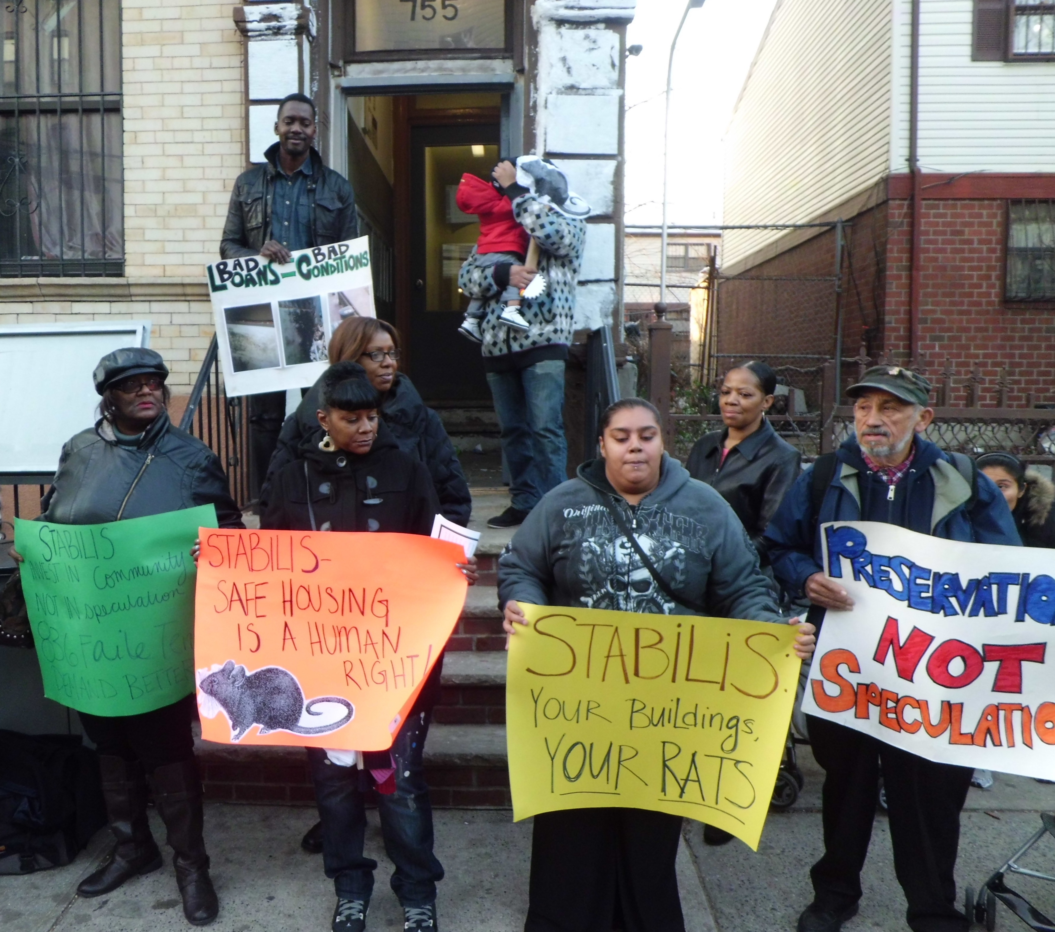 Tenants rallied in front of 755 Jackson Avenue to draw attention to the building's horrific conditions.