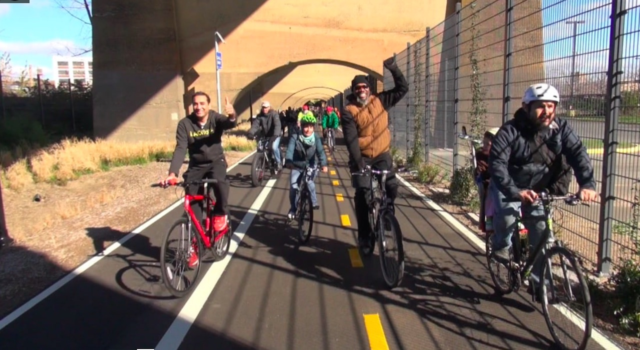 Bikers help inaugurate the Randall's Island Connector.