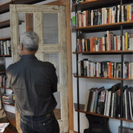 By Samali Bikangaga. Bronx Documentary Center Michael Kamber at the newly opened Tim Hetherington Library.
