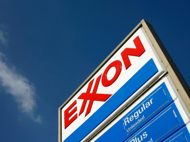 ExxonMobil Falling Behind Markets Since Disappointing Second Quarter