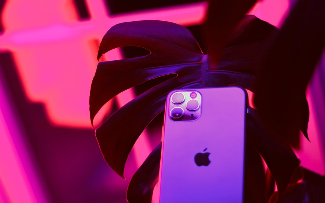 Apple beats expectations on iPhone sales, brushes off trade concerns