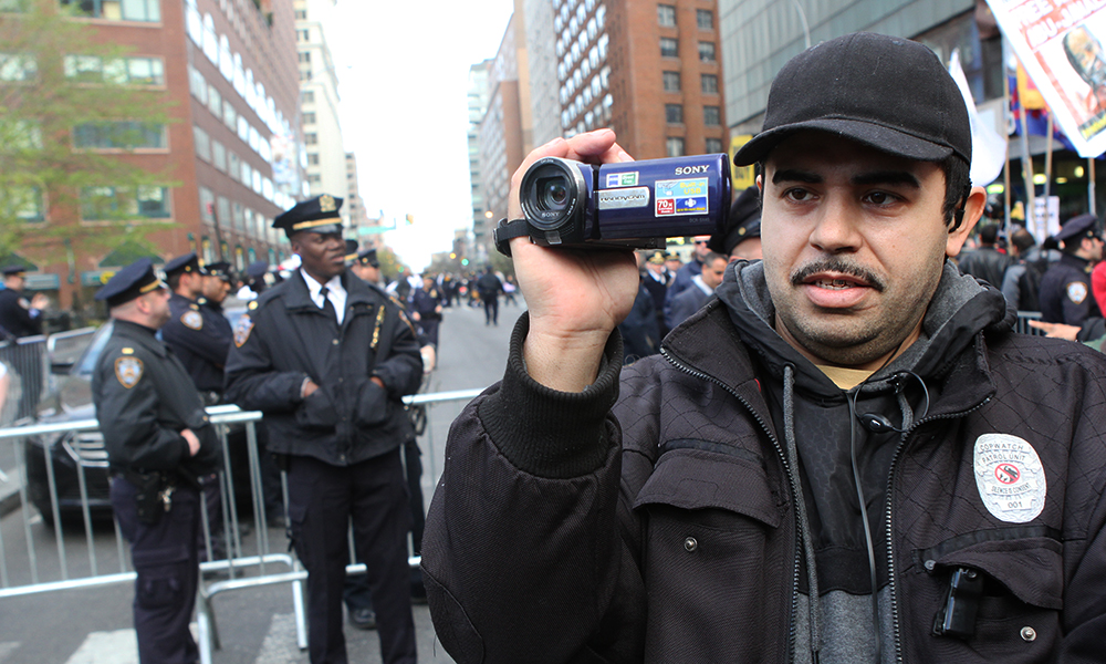 Citizen Groups Put Eyes, and Video Cameras, on the NYPD